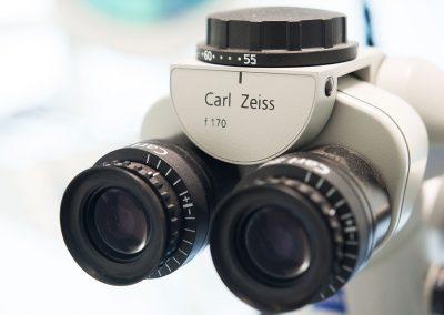 Microscopio operatorio per denstista a Caserta Dr. Antonio Barbato